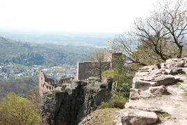 The Ritterplatte is a rock plate above the Old Castle. It offers a great view at the Old Castle, Baden-Baden and the Rhine valley.